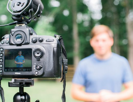 Why Video Blogging is the Future   Via the Rising Tide Society