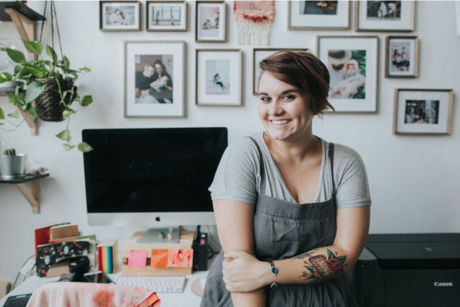 Photographer, Amy Hanen talks about 3 tips to re-think risk in entrepreneurship.