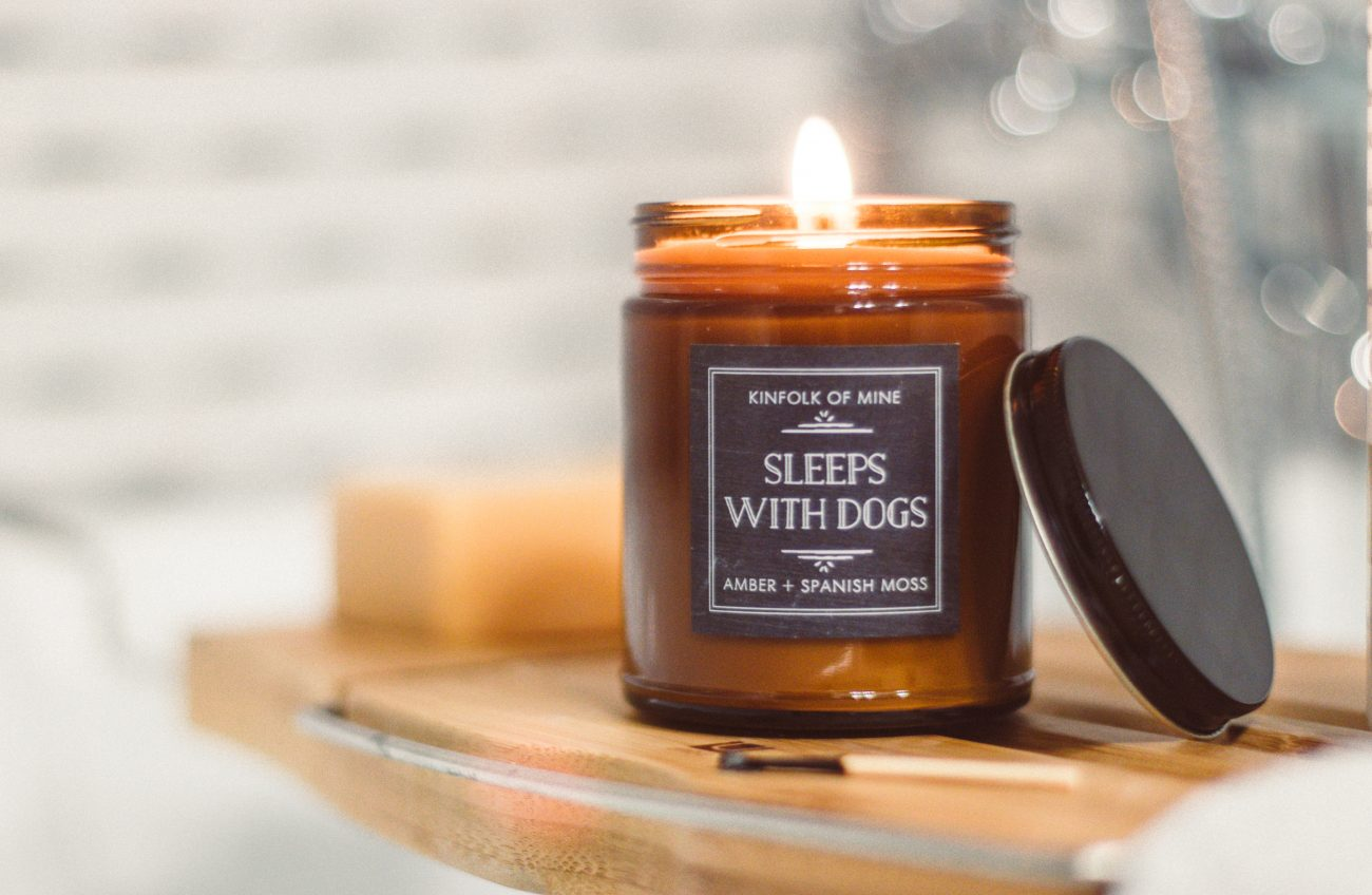 rising tide gift guide - candle
