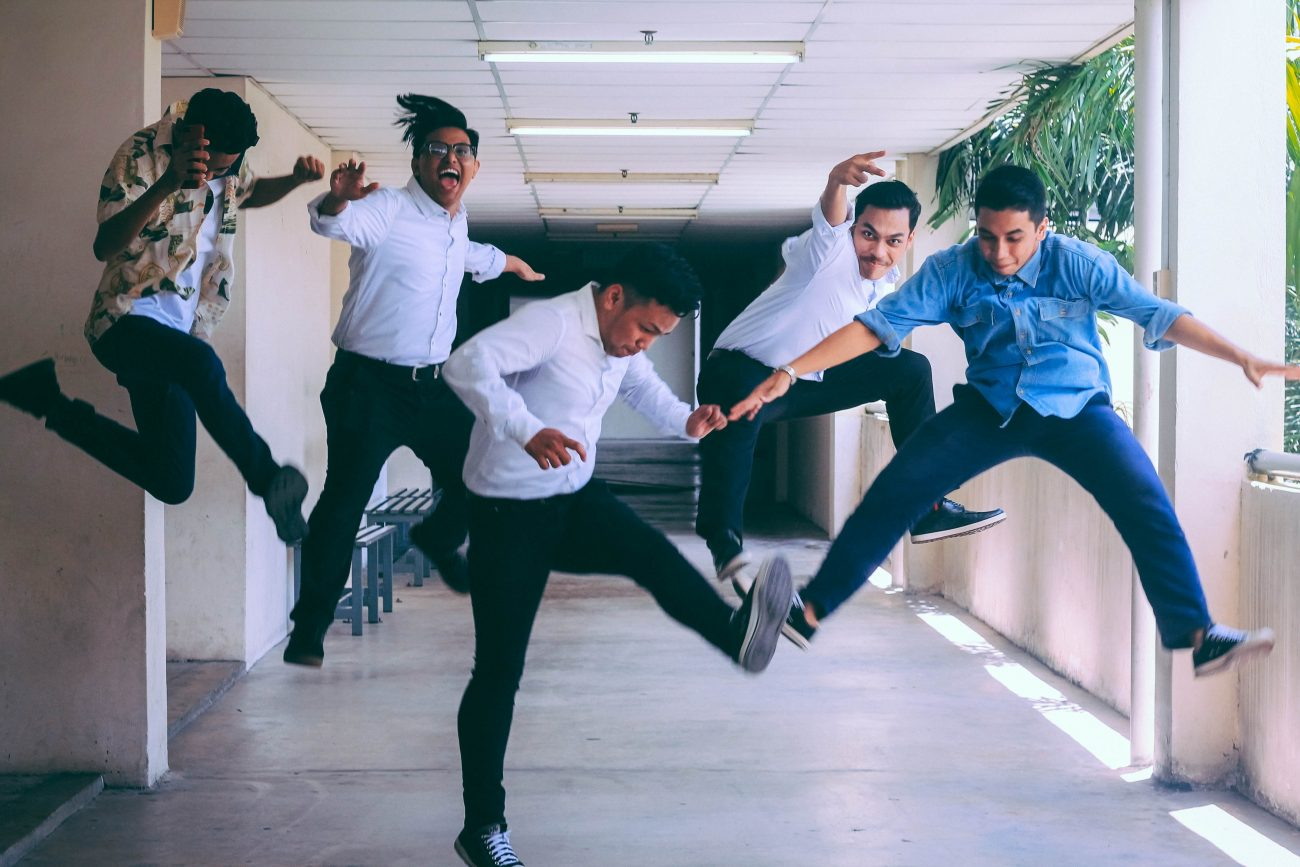 Hiring a team can be costly if not done correctly. Here are four tips to follow if you want to attract A-team members for your creative business. | Rising Tide Society
